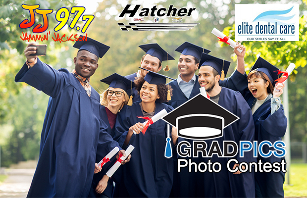 Enter: Grad Pics Photo Contest