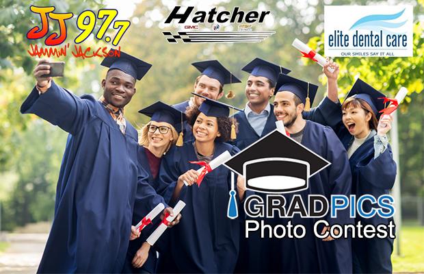 Vote: Grad Pics Photo Contest