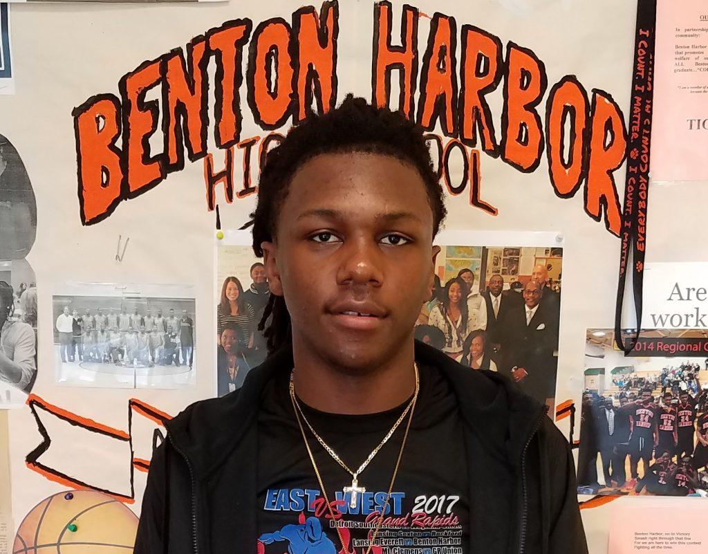 Berrien County Student Athlete Of The Week - Carlos Johnson