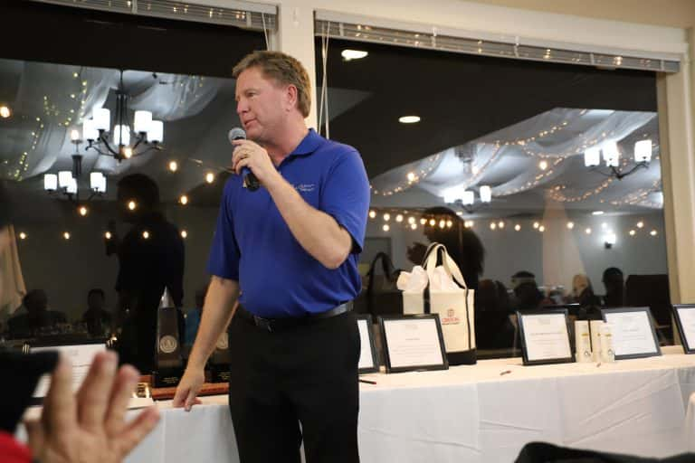 Oakmont-Golf-GM-Greg-Anderson-welcomes-attendees