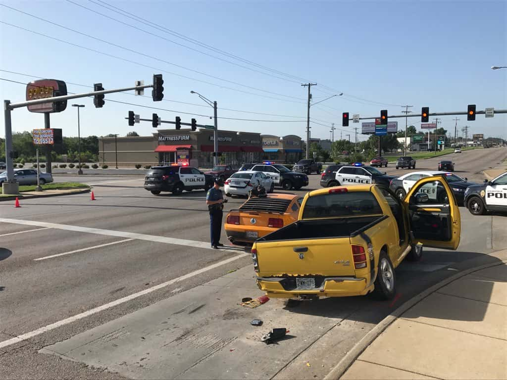 Pursuit Into Springfield Ends With Crash Near Kansas And I-44 | KTTS