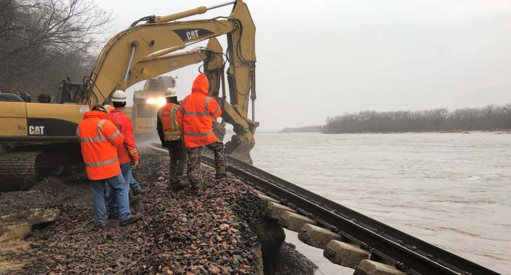Flooding Cuts Off Rail Service In Missouri, Midwest | 104 1 FM | KSGF