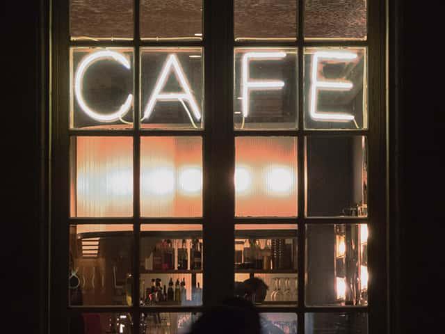 K-Hits Café