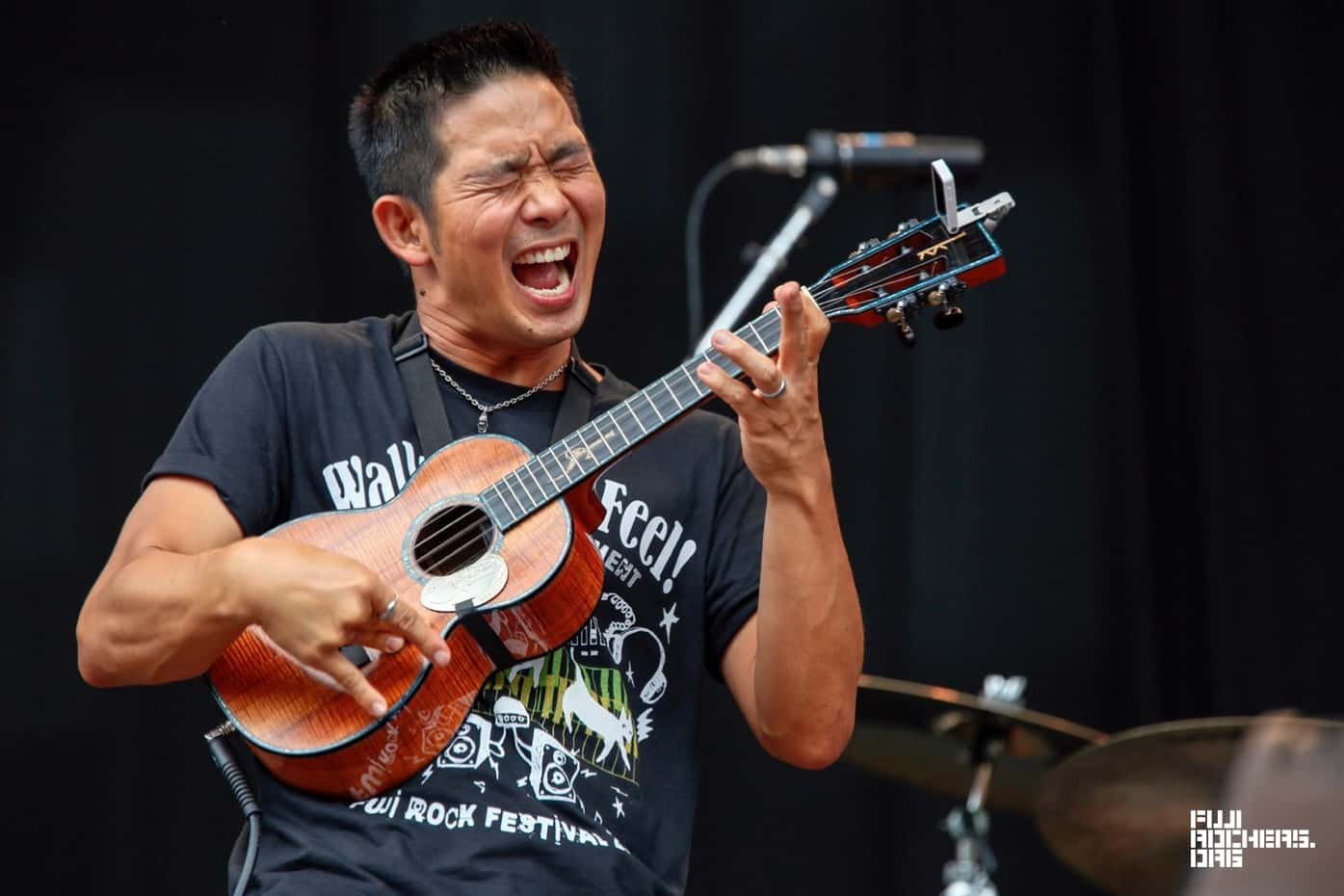 Jake Shimabukuro Is One of the Most Amazing Musicians You'll See Today    Country 101.3 KFDI