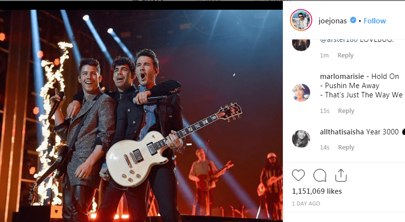 John Stamos Wants the Jonas Brothers to Sing His 'Full House' Song
