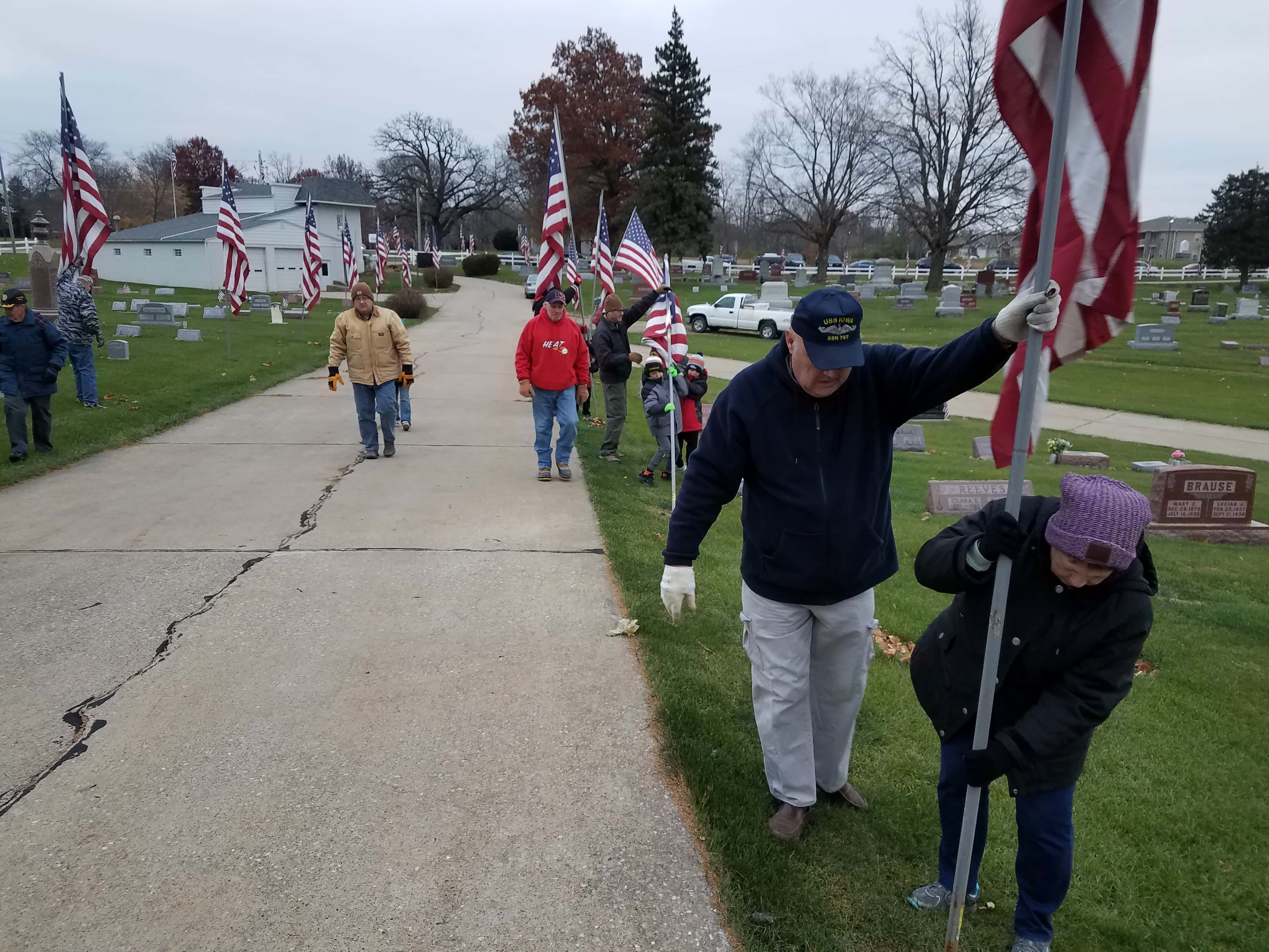 Flags Posted at Graceland Cemetery to Mark Veterans Day Weekend
