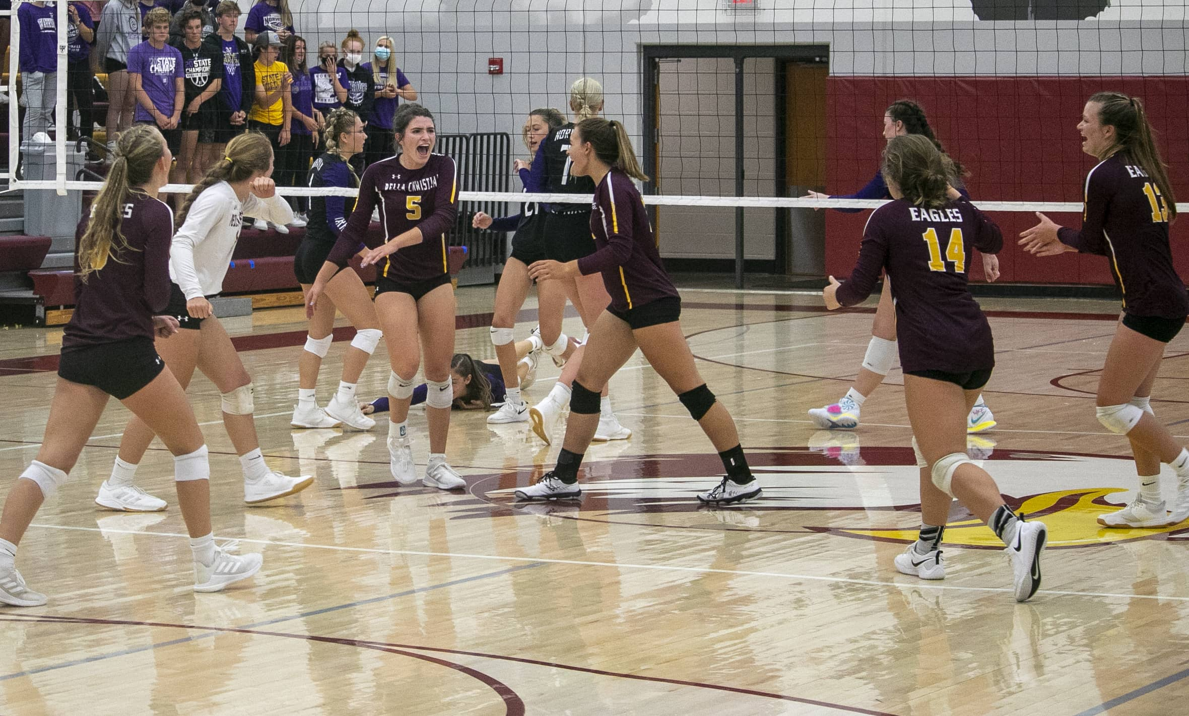 Eagles Volleyball Team Finds Victory in Eddyville Thursday