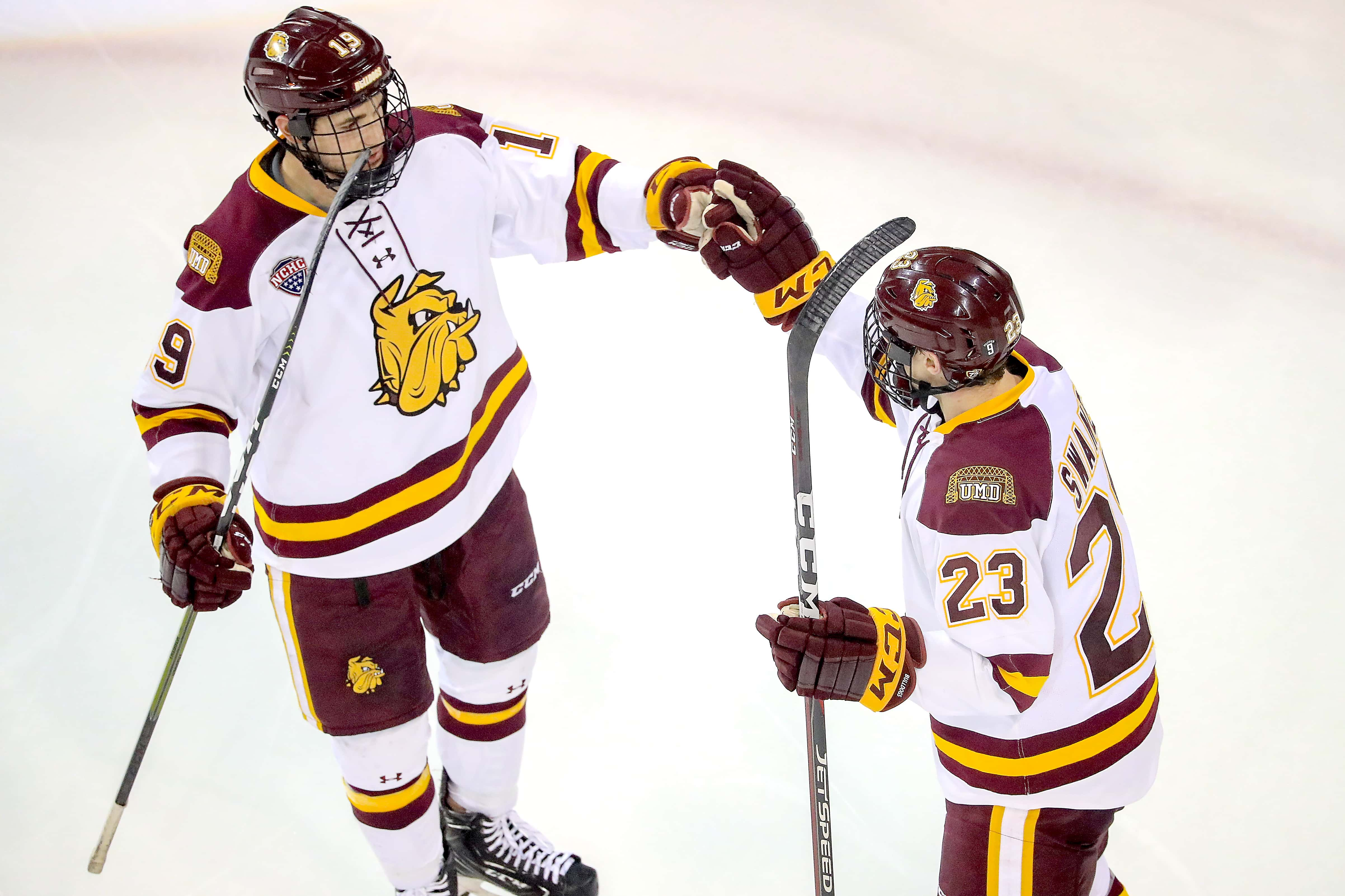 info for 006f6 09761 Swaney's hat trick leads Minnesota Duluth past Omaha | The ...