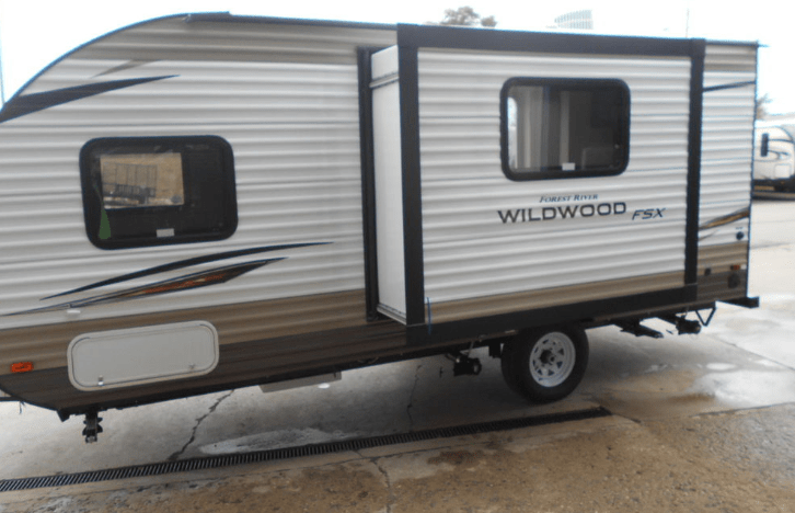 Camper Giveaway Party @ Larry's RV | K105 3