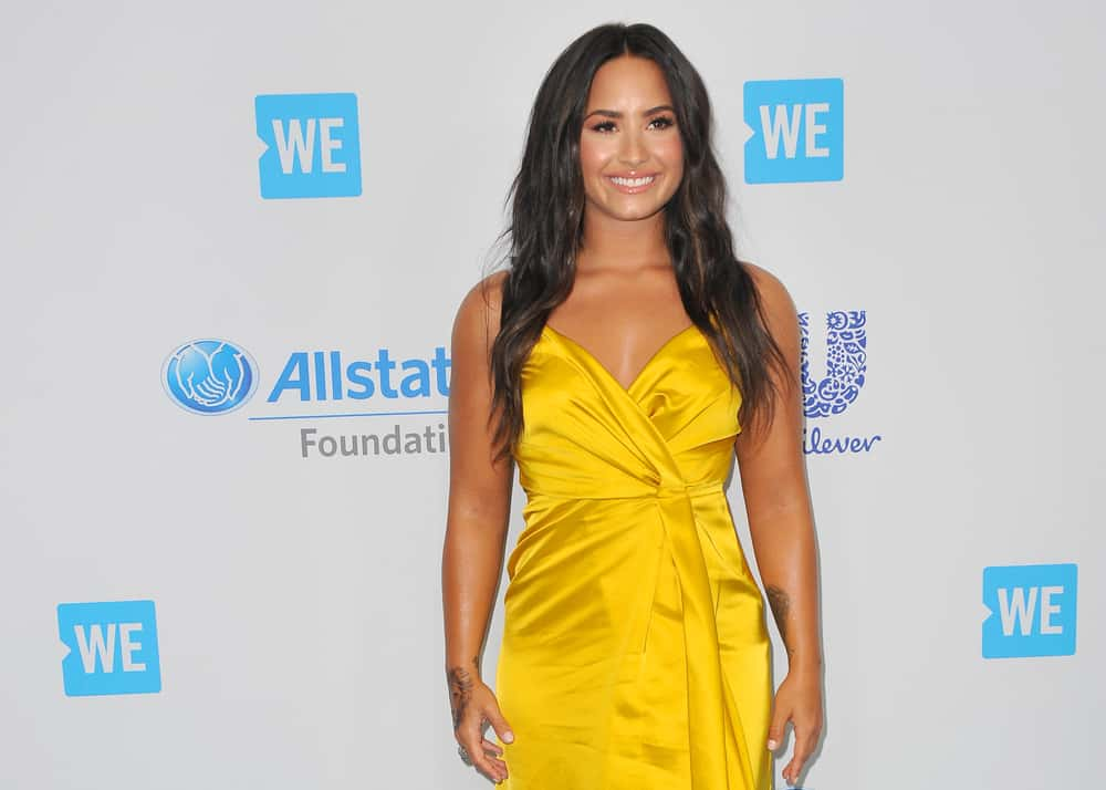 Who is demi lovato dating today memes