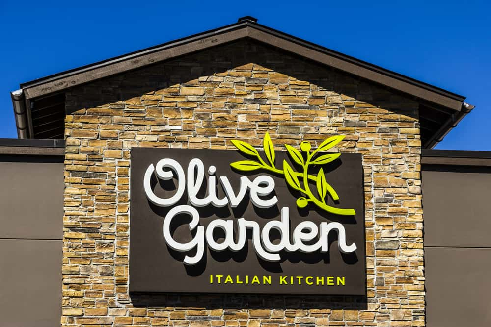 Does olive garden give aarp discount
