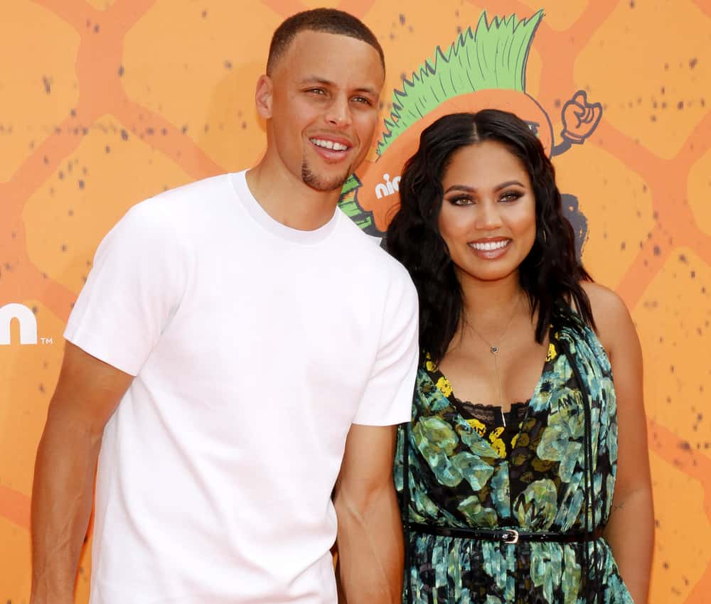 Ayesha Curry Reveals That Husband Stephen Has A Foot -1564