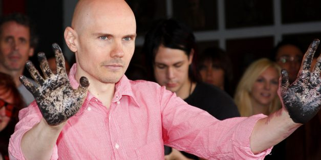 """Smashing Pumpkins Drop New Song """"Silvery Sometime (Ghosts)"""""""