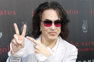 """Kiss Frontman Paul Stanley To Release New Book """"Backstage Pass"""" Next Year"""