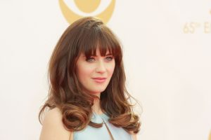 "Zooey Deschanel Is Dating ""Property Brothers"" Star Jonathan Scott"