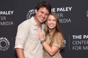 Bindi Irwin Marries Chandler Powell In Private Ceremony At Australia Zoo