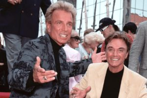 Siegfried Fischbacher, of the Siegfried & Roy illusionist duo, dies at 81