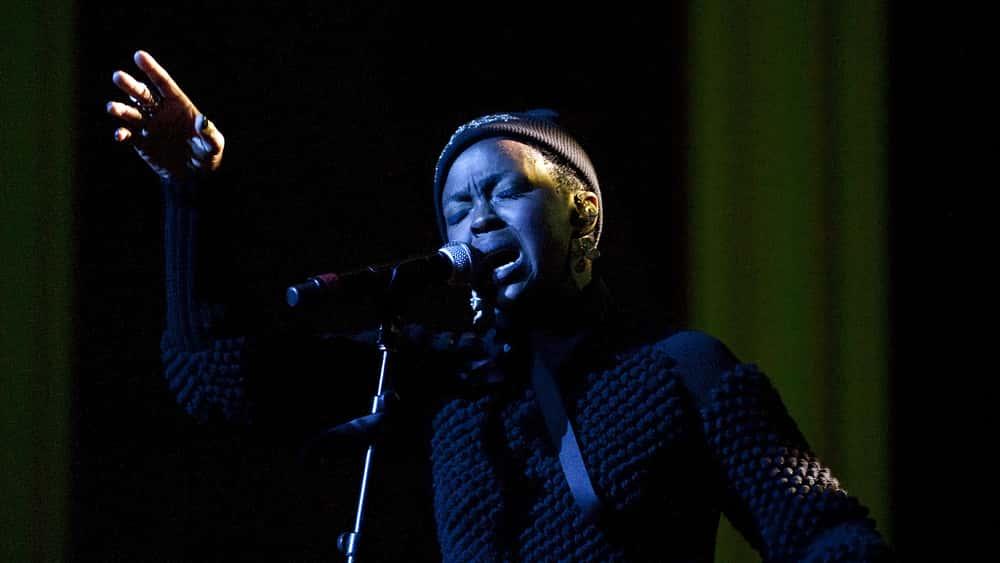 Lauryn Hill Frustrates Fans In Toronto