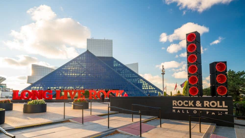 Def Leppard, Stevie Nicks, Janet Jackson Lead 2019 Rock and Roll Hall of Fame Induction Class