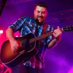 "Chris Young And Gavin DeGraw Team Up For ""CMT Crossroads"""