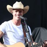 Dustin Lynch Shares Covert Art And Track List For Upcoming Album 'Tullahoma'
