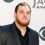"""Luke Combs Releases """"The Writer's Cut"""" New 3-Song EP"""