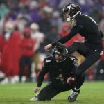 San Francisco 49ers vBaltimore Ravens: BALTIMORE, MARYLAND - DECEMBER 01: Kicker Justin Tucker #9 of the Baltimore Ravens kicks the game-winning field goal against the San Francisco 49ers during the fourth quarter at M&T Bank Stadium on December 01, 2019 in Baltimore, Maryland. (Photo by Patrick Smith/Getty Images)