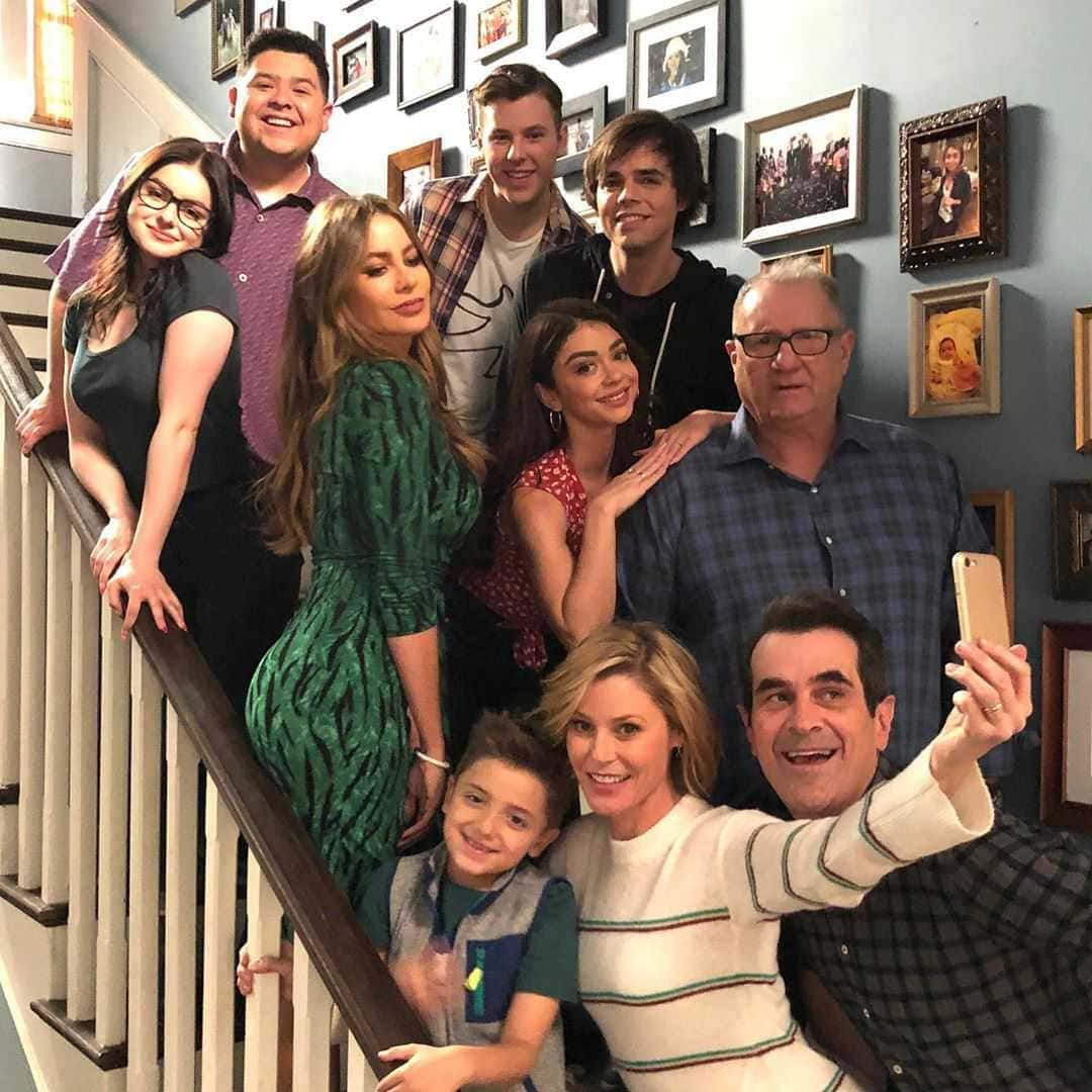 A Modern Family modern family' cast share emotional photos from final day of