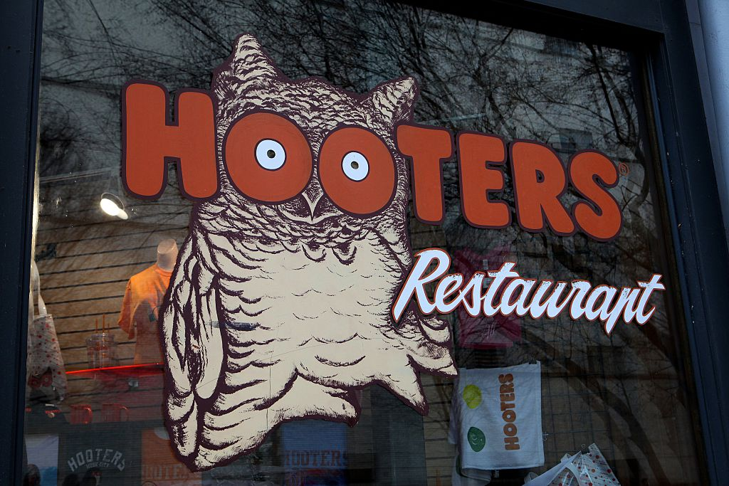 Florida 5th grader asked to remove Hooters-themed mask | 98 Rock Baltimore