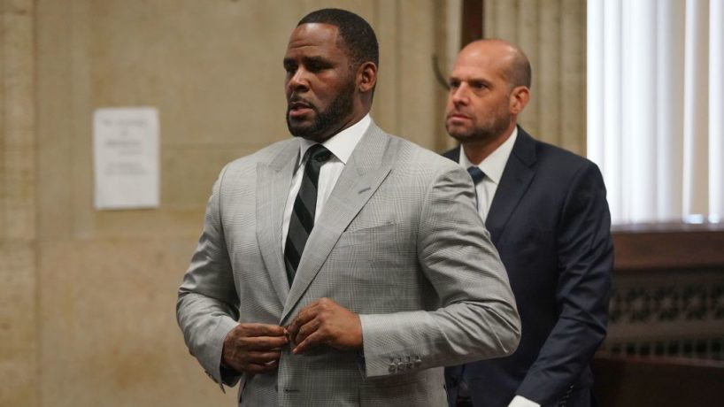 R. Kelly pleads not guilty to a new indictment before Judge Lawrence Flood at Leighton Criminal Court Building in Chicago on June 6, 2019. - R&B star R. Kelly pleaded not guilty Thursday in a Chicago courtroom to 11 new felony sex crime charges. The charges were a refiling of one of the four cases of alleged abuse that prosecutors lodged against the singer earlier this year.