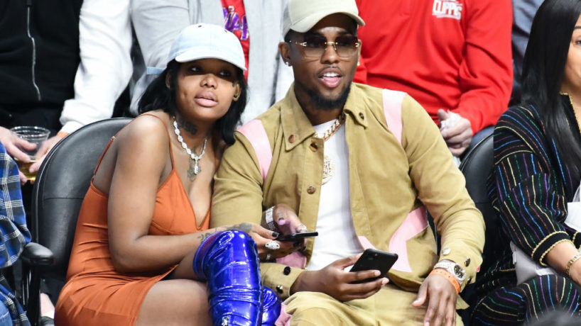 LOS ANGELES, CALIFORNIA - MARCH 01: Musician Summer Walker and producer London On Da Track attend a basketball game between the Los Angeles Clippers and the Philadelphia 76ers at Staples Center on March 01, 2020 in Los Angeles, California.