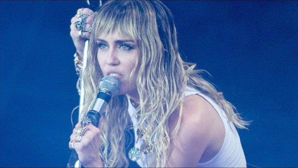 Miley Cyrus is Working on a Metallica Cover Album