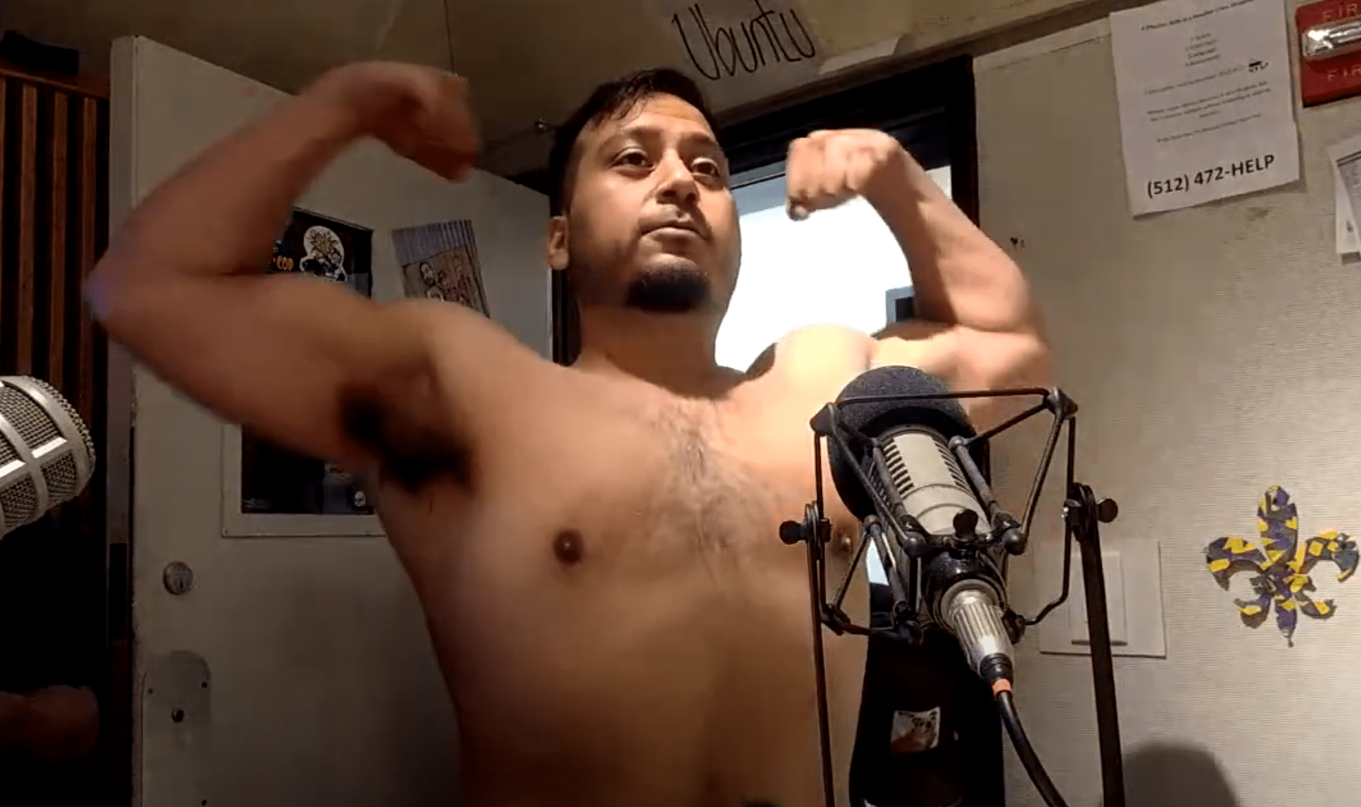 chuy flexing muscles
