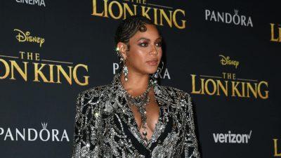 Beyonce at Lion King Red Carpet