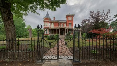 Stephen King's mansion