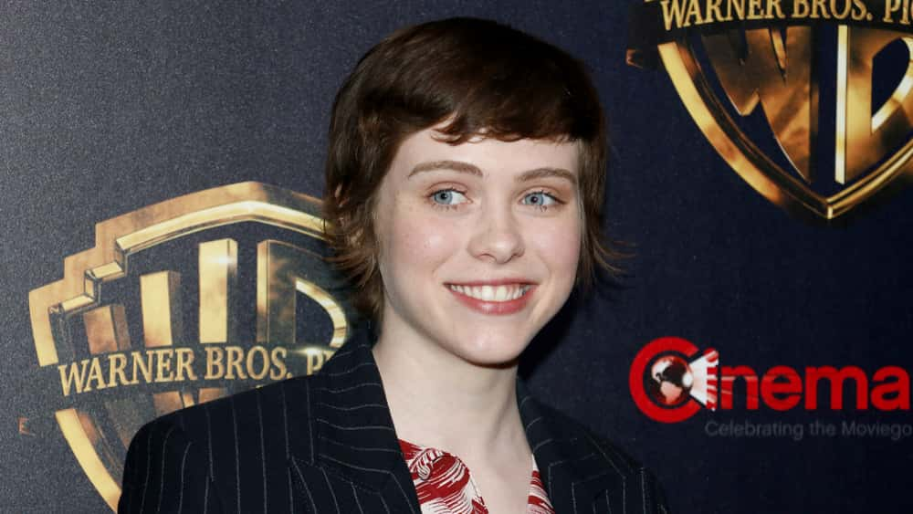 "Netflix Releases First Trailer For New Comedy ""I'm Not Okay With This"" Featuring Sophia Lillis"