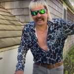 """Jimmy Fallon Gives a """"Sneak Peak"""" of Nicolas Cage's performance as Tiger King Joe Exotic"""
