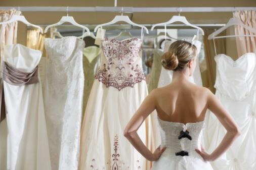 Phone Tap: Wedding Dress Disaster