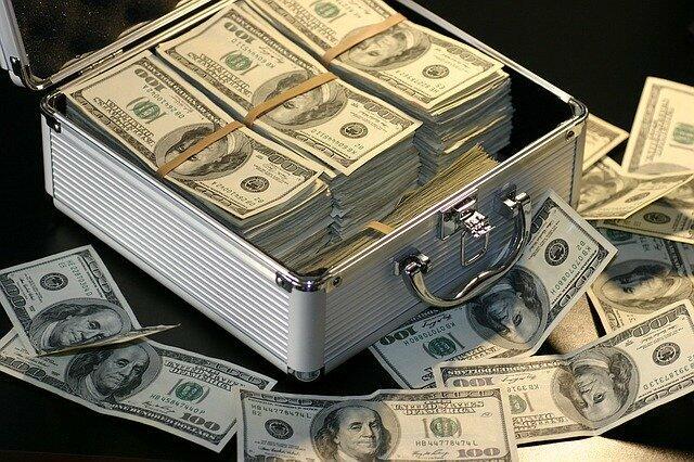 Awkward Tuesday – Show Me The Money