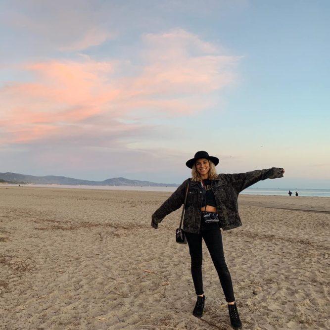ari in the sand
