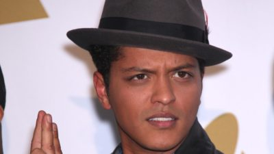 """Bruno Mars And Anderson .Paak to release new music as """"Silk Sonic"""""""