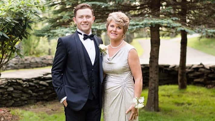 Scotty McCreery and his mother on his wedding day
