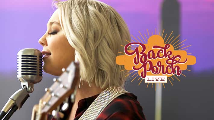 RaeLynn on Texas Roadhouse Back Porch Live at Country 97.1 HANK FM in Indianapolis