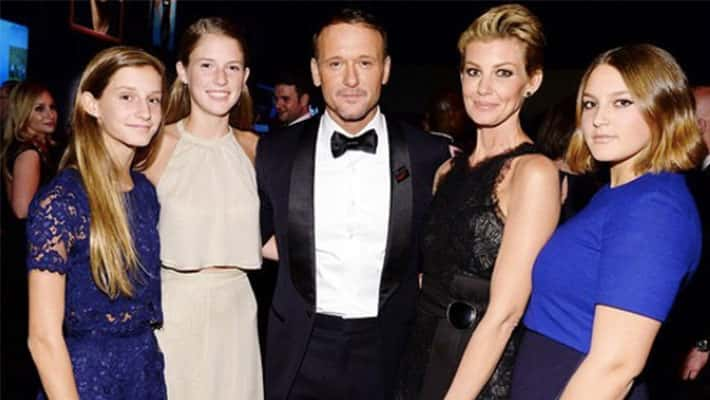 Tim McGraw and Faith Hill with their three daughters
