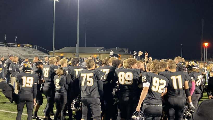 The Avon Orioles capped off a perfect regular season Friday night with a win over Noblesville, 37-13.
