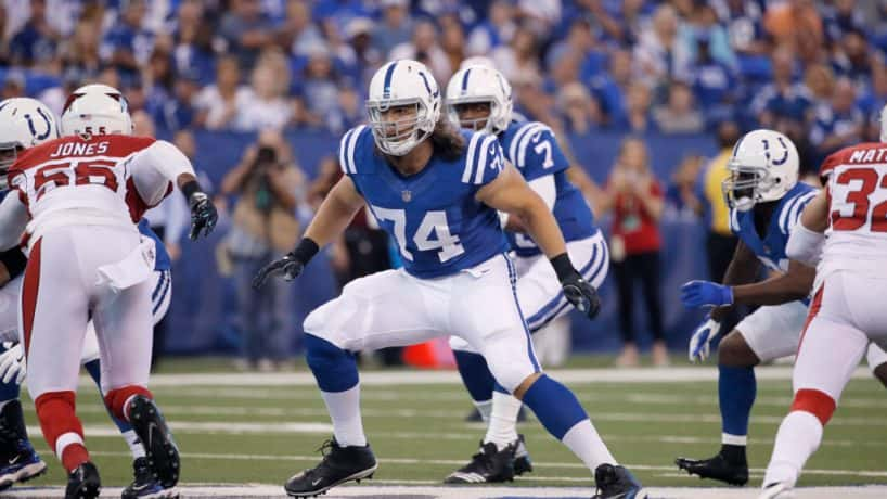 Colts left tackle Anthony Castonzo lines up for a snap in 2017.