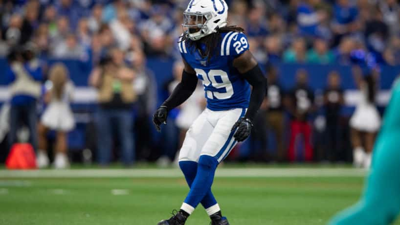 Colts S-Malik Hooker backpedals against the Dolphins.