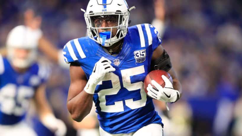 Colts running back Marlon Mack runs for a touchdown.