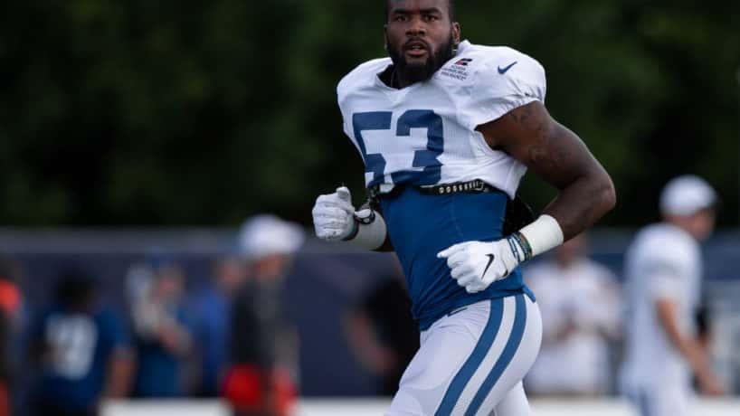 Colts linebacker Darius Leonard runs during a camp warmup in 2019.