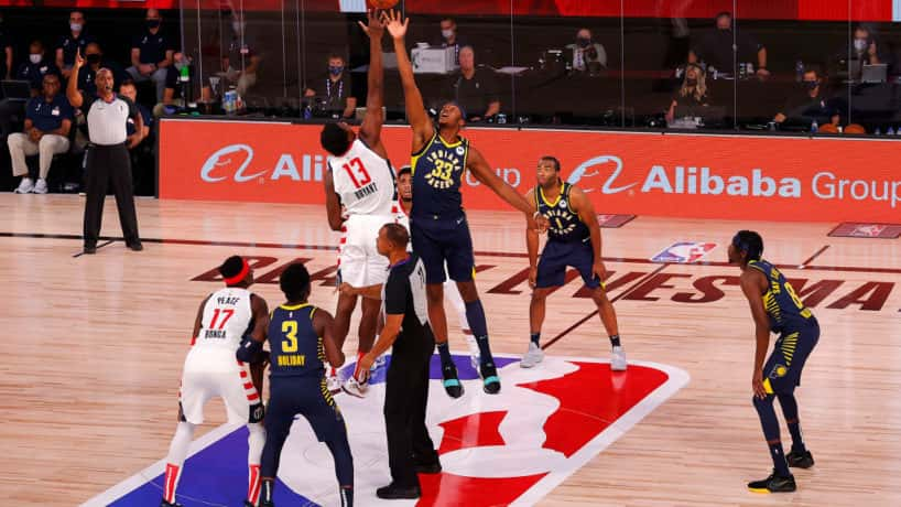 The Pacers tip against the Wizards.